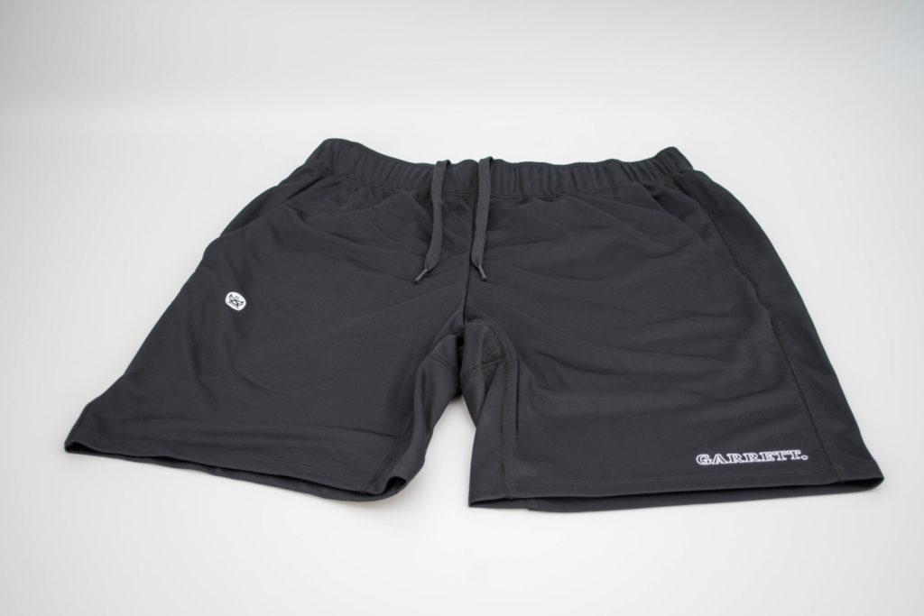 黒のショートパンツをオリジルデザインで作ってお洒落で快適に履きたい